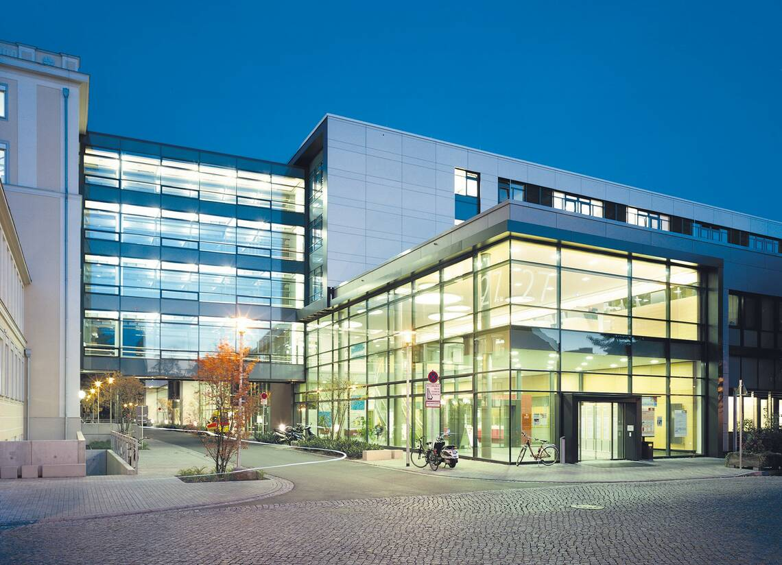 Bilanz - Uniklinik Dresden legt bei Umsatz, Ergebnis und ...